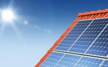 Bild von Solarpanel im Sonnenlicht